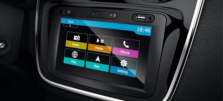 Media-Nav Evolution jetzt mit Android AutoTM & Apple CarPlayTM