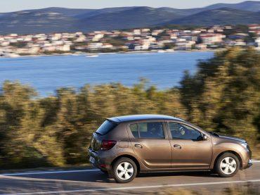 Dacia überzeugt mit günstigen Ersatzteilen