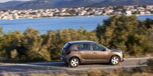 Dacia Sandero stellt sich dem Vergleich gegen Skoda Fabia