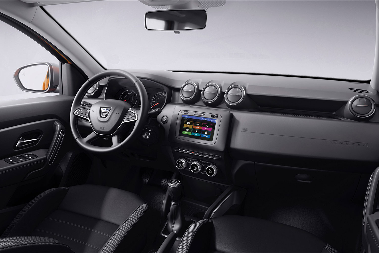 Dacia zeigt neue Generationen Benziner und Media-Nav