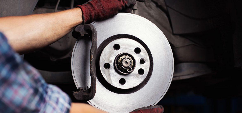 Richtiges Bremsen: Bremsscheiben prüfen