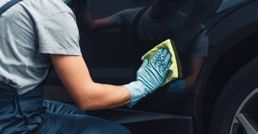 Auto polieren: Mit diesen Tipps glänzt der Lack