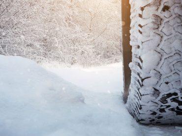 Jetzt auf Winterreifen wechseln: So kommen Sie sicher durch Eis und Schnee