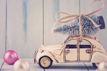 Kling, Glöckchen, Klingelingeling: Weihnachtsschmuck fürs Auto