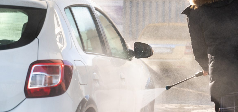 Autowäsche im Winter: Tipps für einen glänzenden Auftritt
