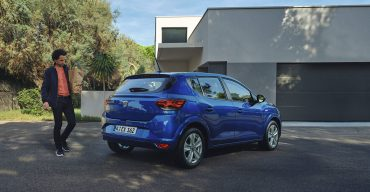 Neuer Dacia Sandero im Video: modernes Design und rumdum neuer Innenraum